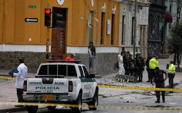 """""""Condeno de manera contundente el atentado en Bogotá"""": Ángela María Robledo"""